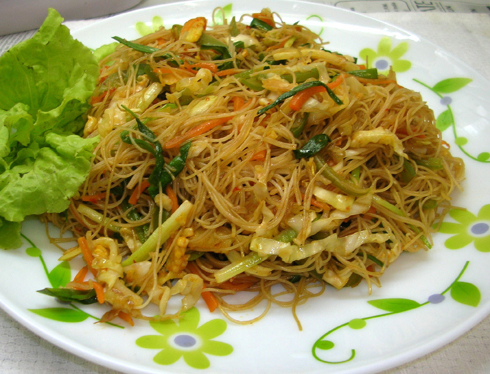 Recipes With Rice Noodles  In India Per Amore EGG RICE NOODLES WITH SOYA SAUCE