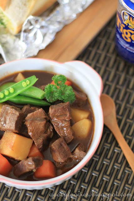 Ree Drummond Beef Stew  GoodyFoo s Recipe Beef Stew with Beer and Paprika Ree