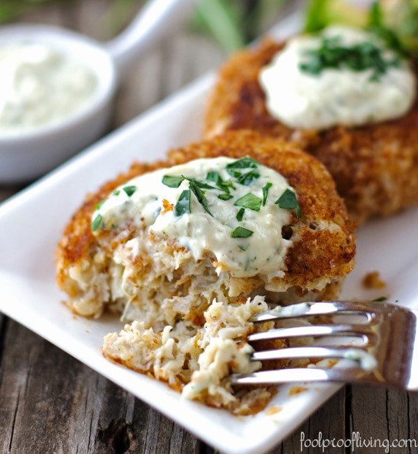 Remoulade Sauce For Crab Cakes  Crab Cakes with Rémoulade Sauce