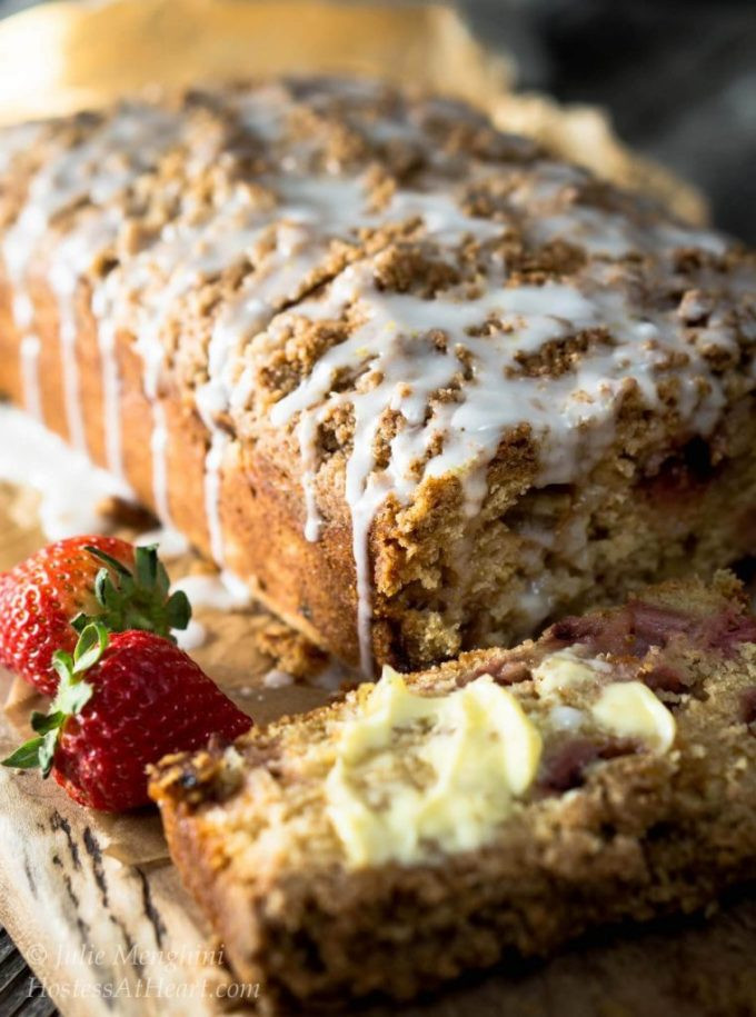 Rhubarb Bread Recipes  Strawberry Rhubarb Bread with Streusel Topping