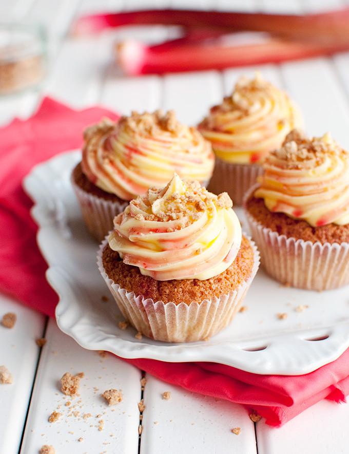 Rhubarb Custard Cupcakes  Rhubarb and Custard Cupcakes