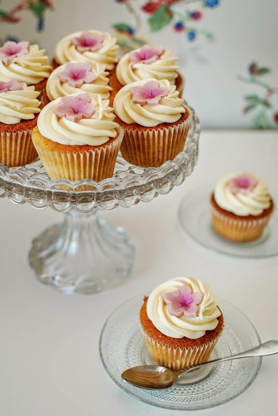 Rhubarb Custard Cupcakes  Rhubarb and Custard Cupcakes Katie Cakes
