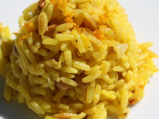 Rice Pilaf With Orzo  The Secret Ingre nt Saffron Saffron and Orange Rice