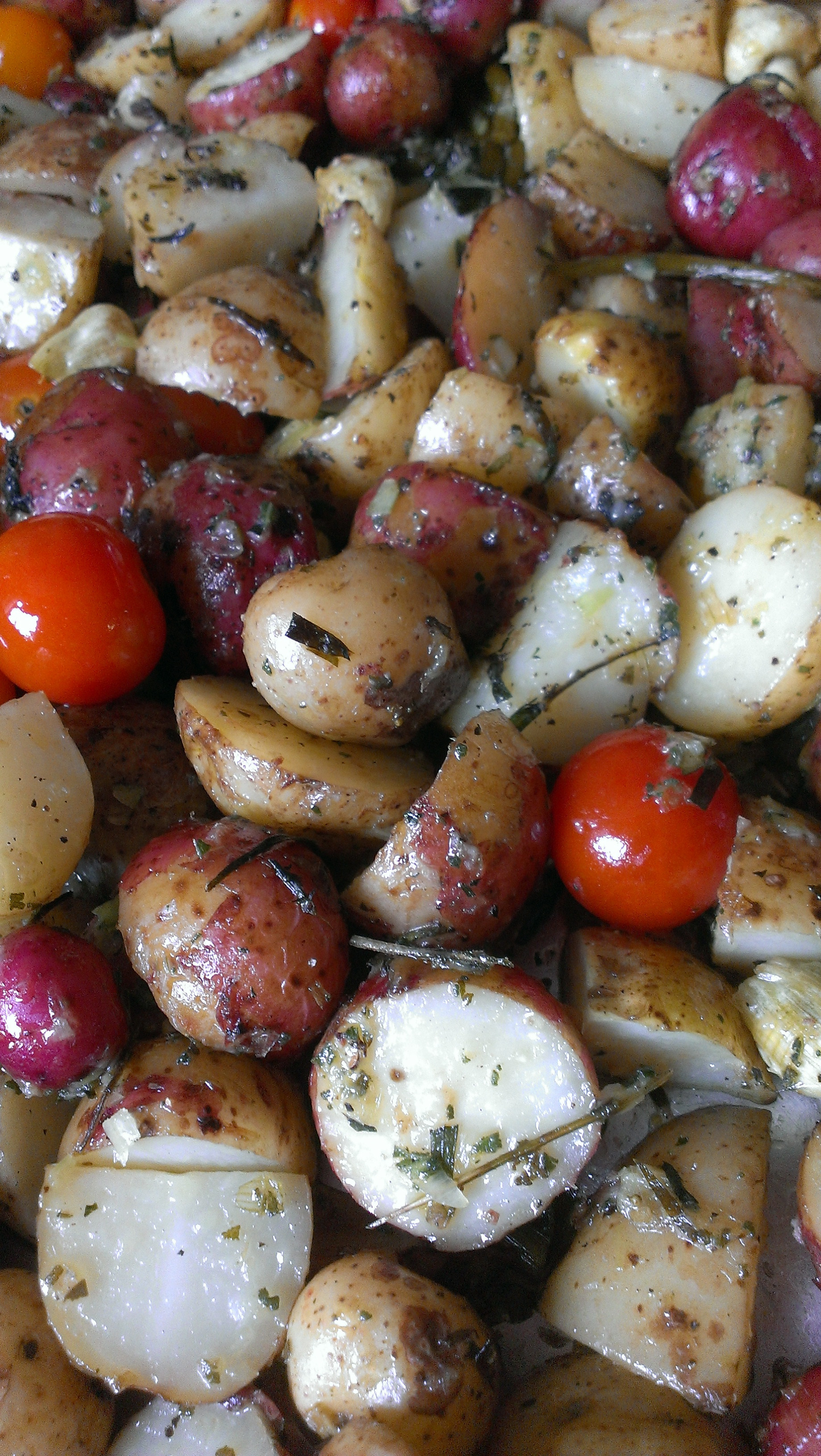 Roasted New Potatoes  Herbed Roasted New potatoes Simply in Season – Main