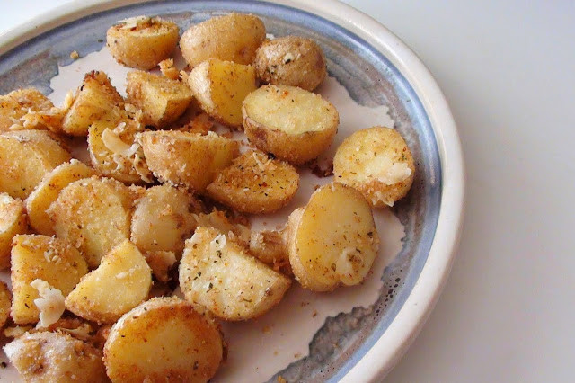Roasted New Potatoes  zsuzsa is in the kitchen ROASTED NEW POTATOES