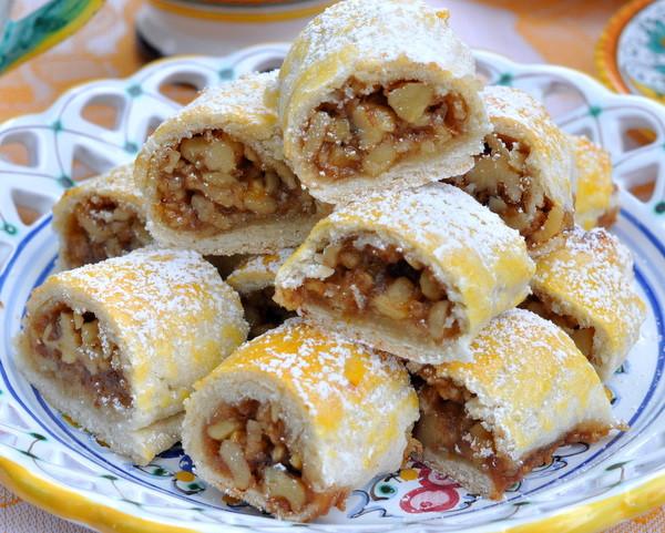 Rosh Hashanah Desserts  5 Popular Desserts For Rosh Hashanah by nithya