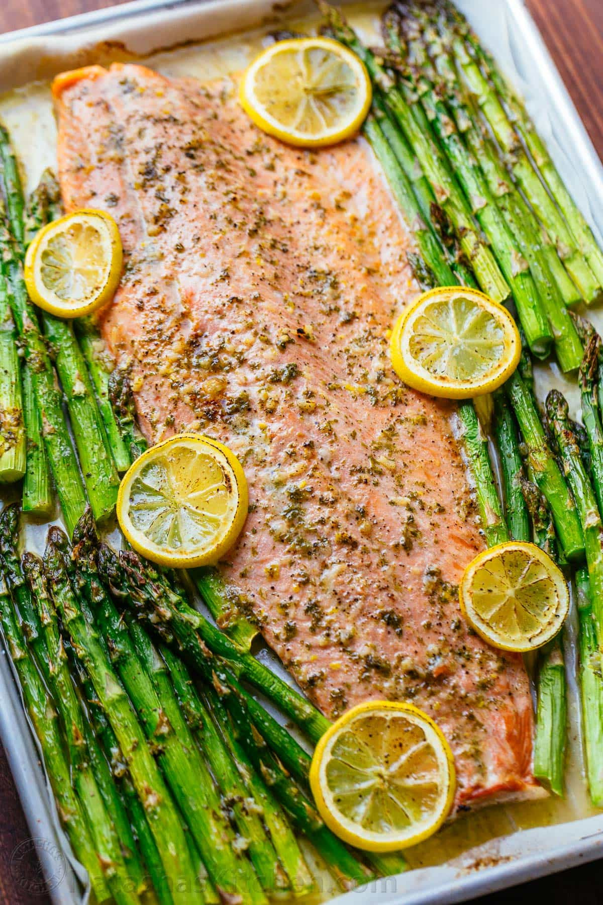 Salmon And Asparagus Recipe  e Pan Salmon and Asparagus with Garlic Herb Butter