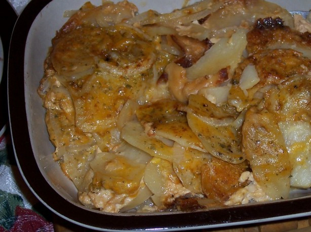 Scalloped Potatoes In Crock Pot  Crock Pot Cheddar Scalloped Potatoes Recipe Food