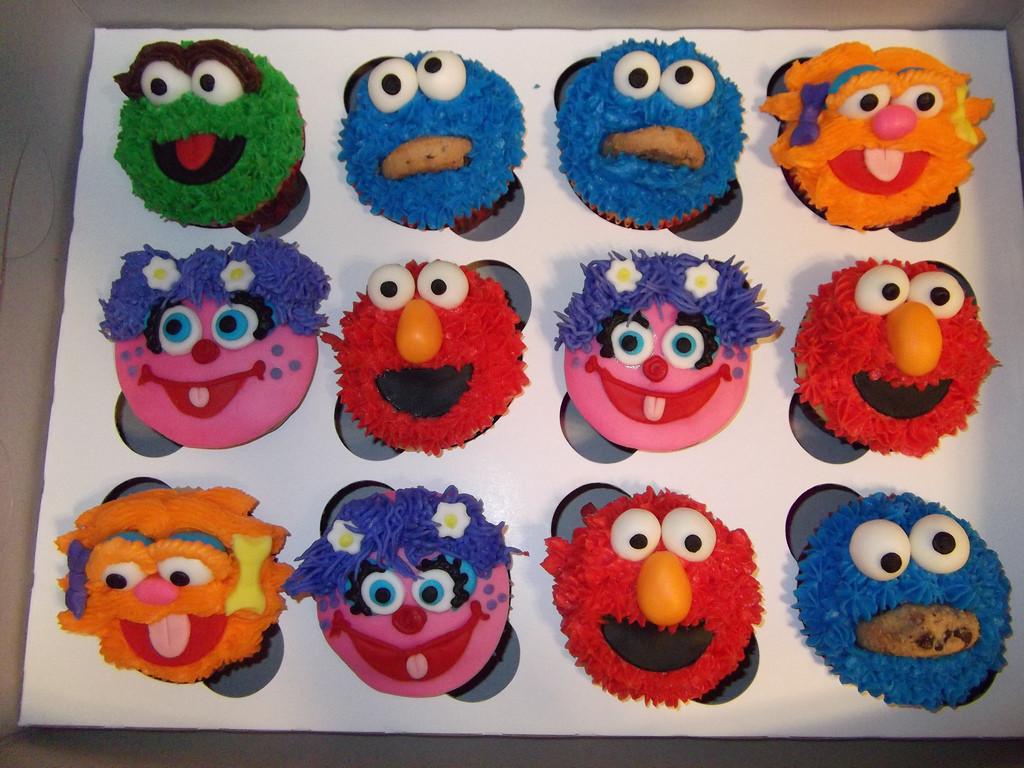 Sesame Street Cupcakes  Sesame Street Cupcakes designercupcakesandmore