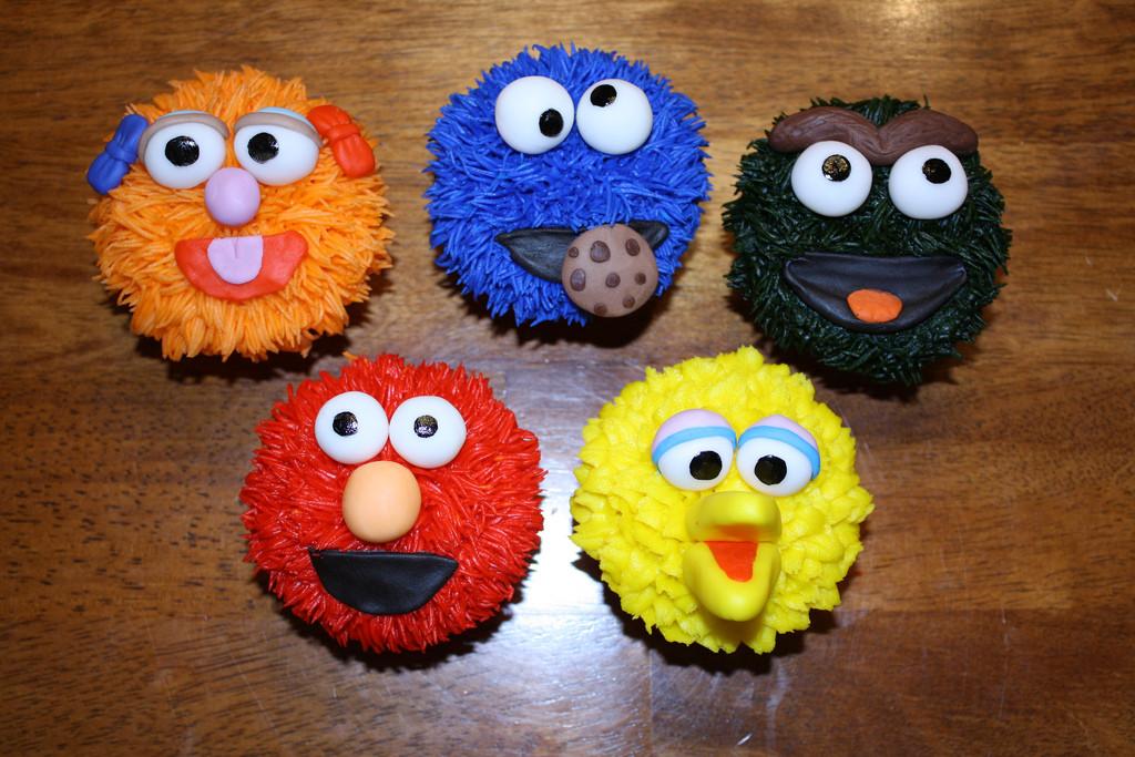 Sesame Street Cupcakes  Sesame Street cupcakes Sesame Street cupcakes