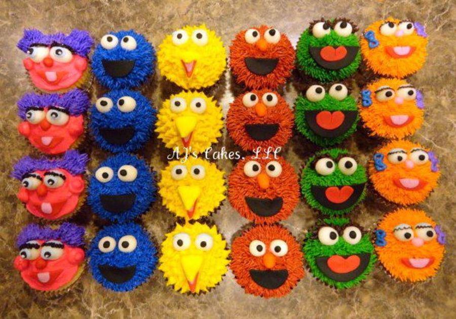 Sesame Street Cupcakes  Sesame Street Cupcakes CakeCentral