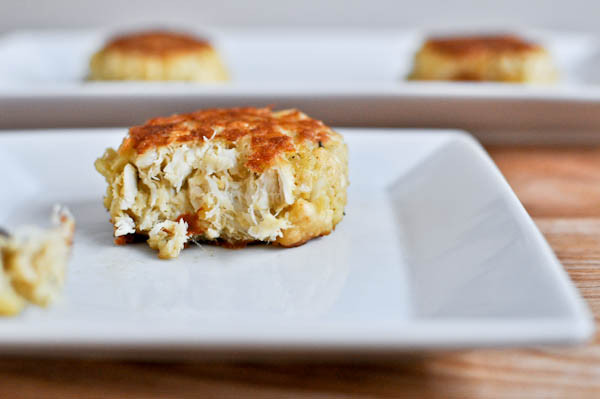 Simple Crab Cake Recipe  Simple Light Crab Cakes