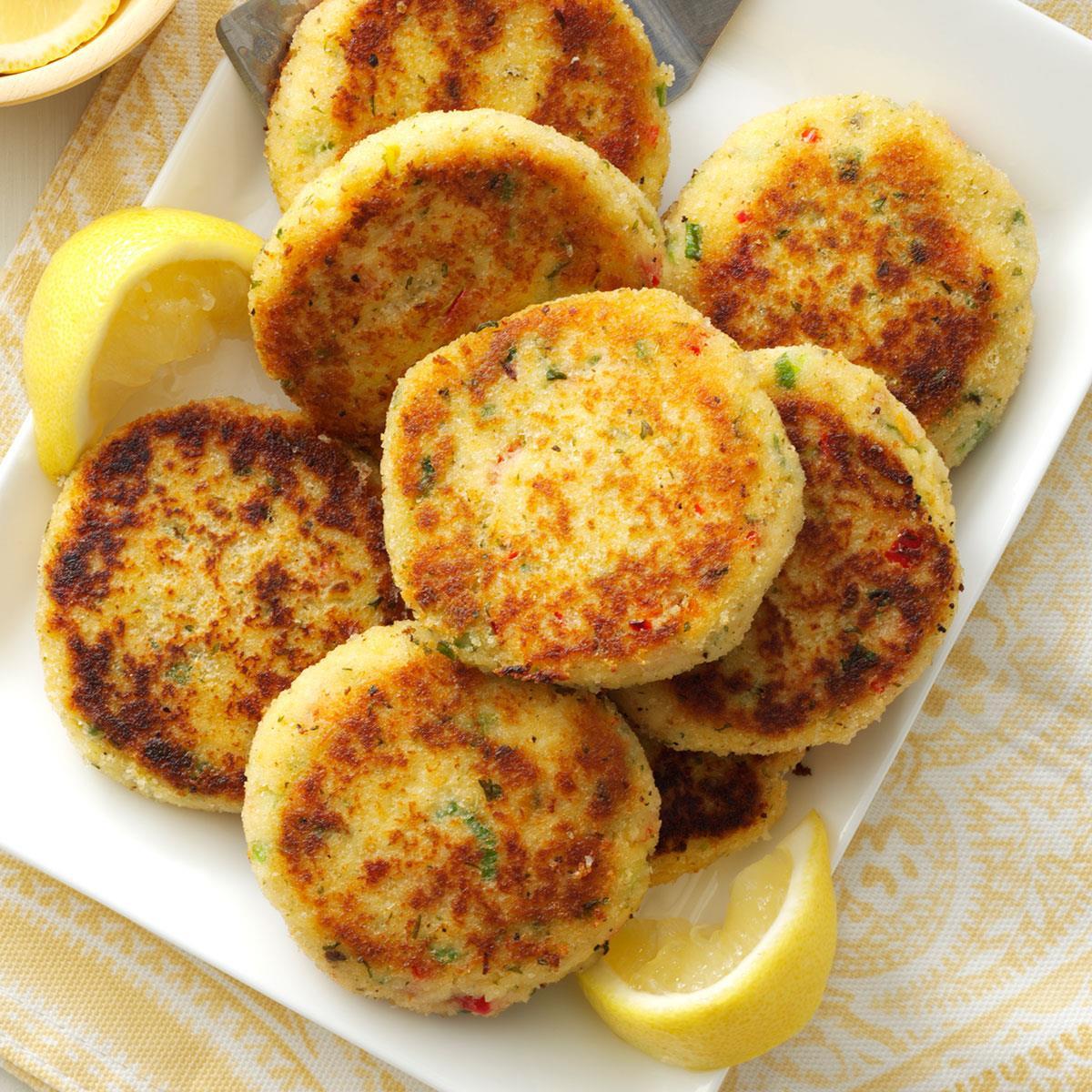 Simple Crab Cake Recipe  Easy Crab Cakes Recipe