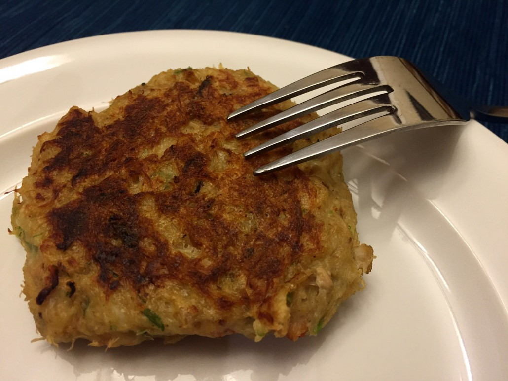 Simple Crab Cake Recipe  How To Make Crab Cakes That Don't Fall Apart – Easy Recipe