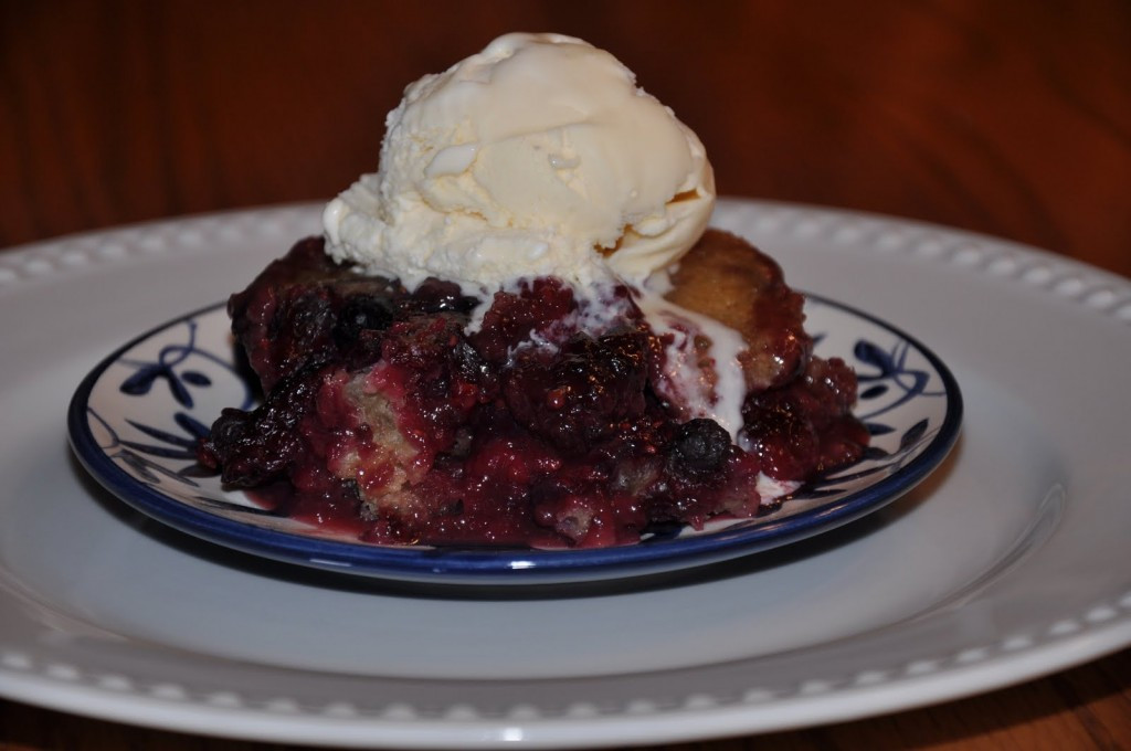 Slow Cooker Desserts Using Cake Mixes  Slow Cooker Dessert Recipes For The Fall This Mom Can