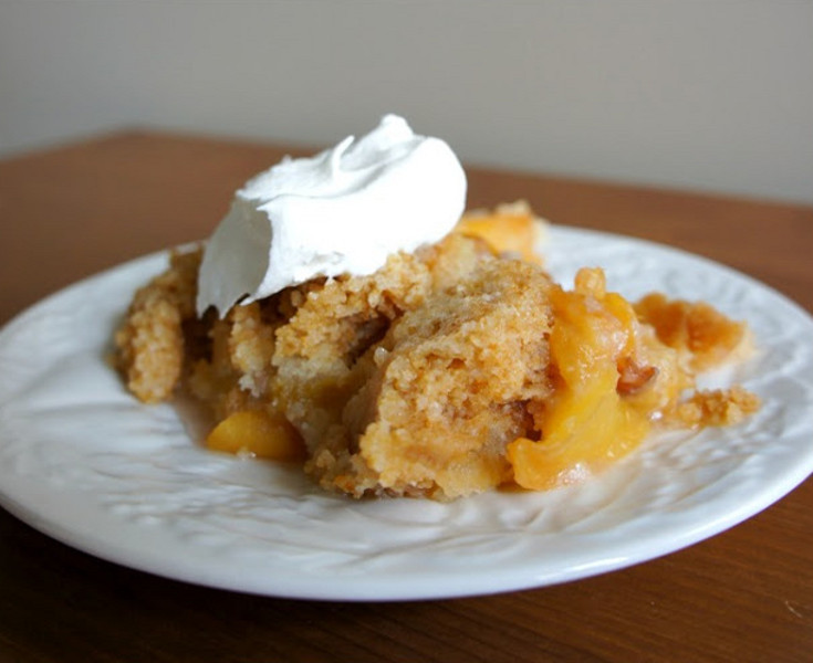 Slow Cooker Desserts Using Cake Mixes  Cake Mix Peach Cobbler