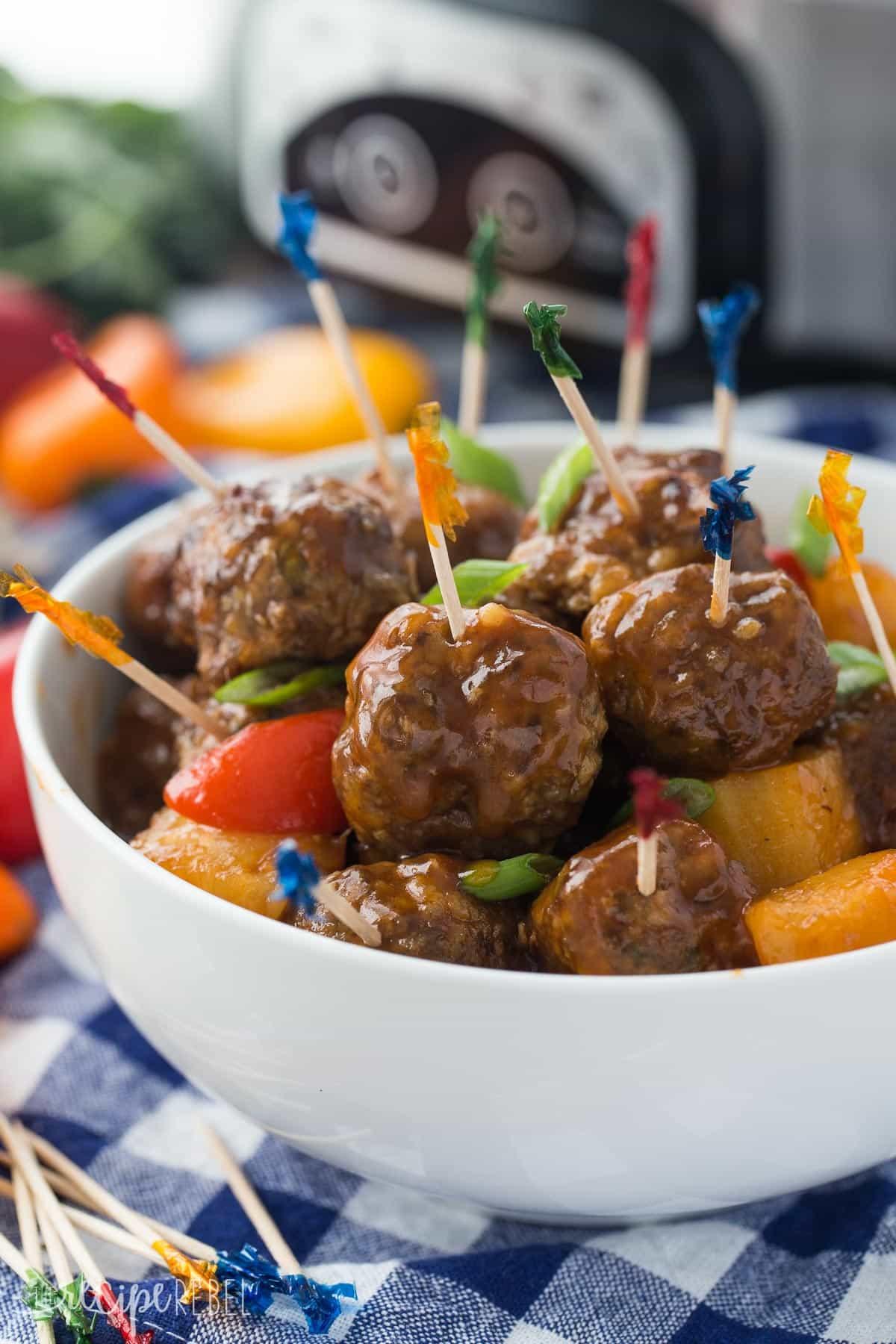 Slow Cooker Meatball Appetizer  Slow Cooker Pineapple Brown Sugar Meatballs easy appetizer