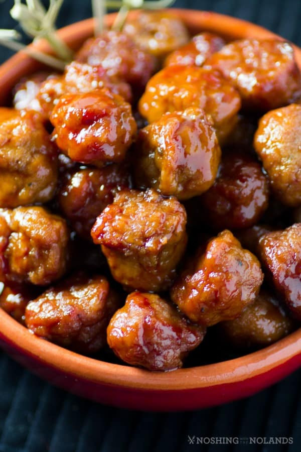 Slow Cooker Meatball Appetizer  Slow Cooker Turkey Appetizer Jelly Meatballs SundaySupper