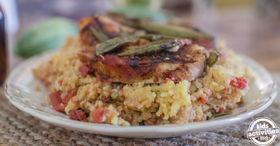 Slow Cooker Pork Chops And Rice  Slow Cooker Pork Chops with Spanish Rice