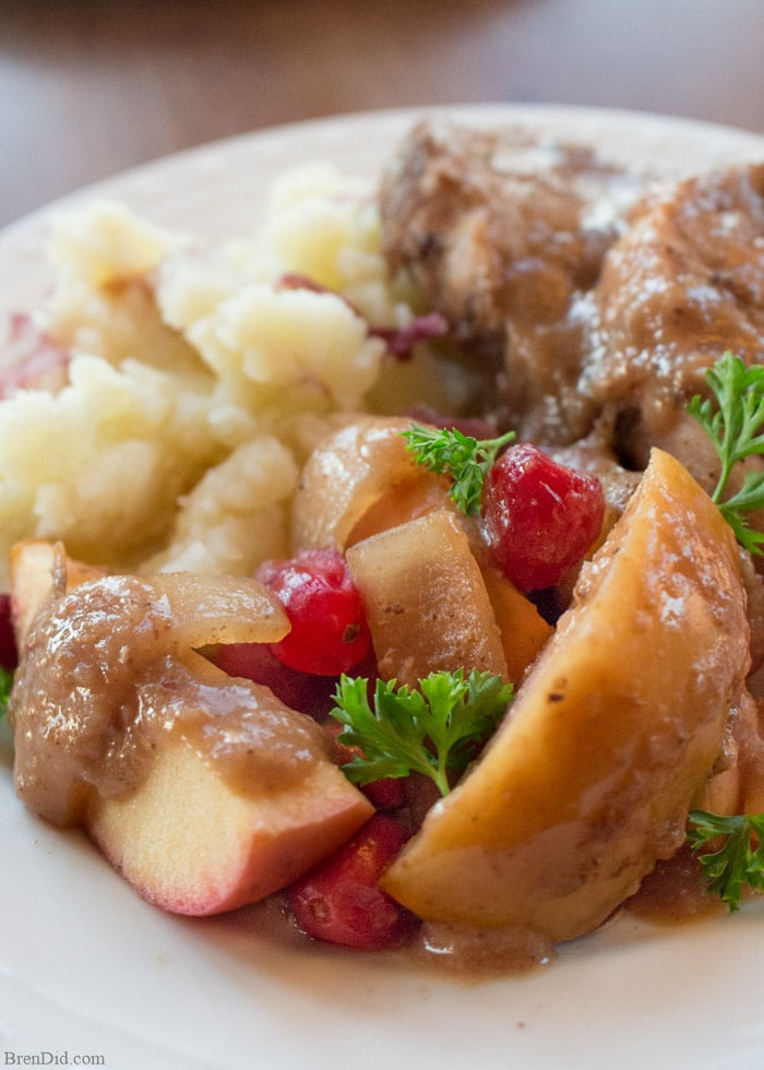 Slow Cooker Pork Chops With Apples  Crock Pot Pork Chops with Cranberries and Apples Bren Did