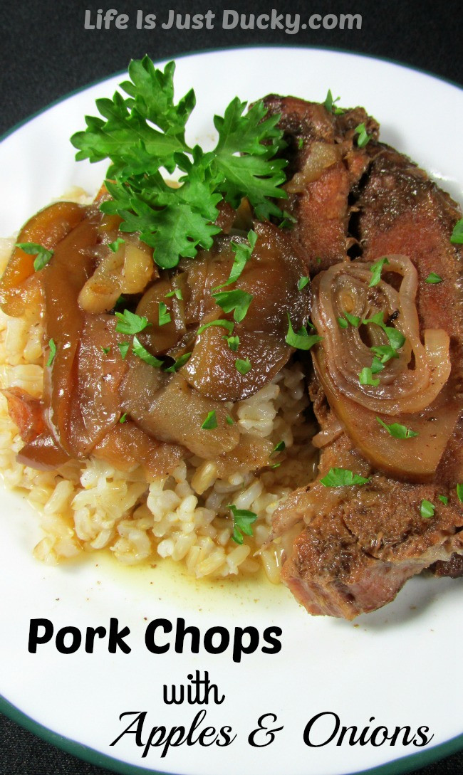 Slow Cooker Pork Chops With Apples  Pork Chops with Apples and ions – a new favorite family