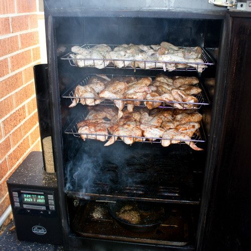 Smoked Chicken Wings Electric Smoker  Smoked Chicken Wings recipe done in the Bradley Smoker