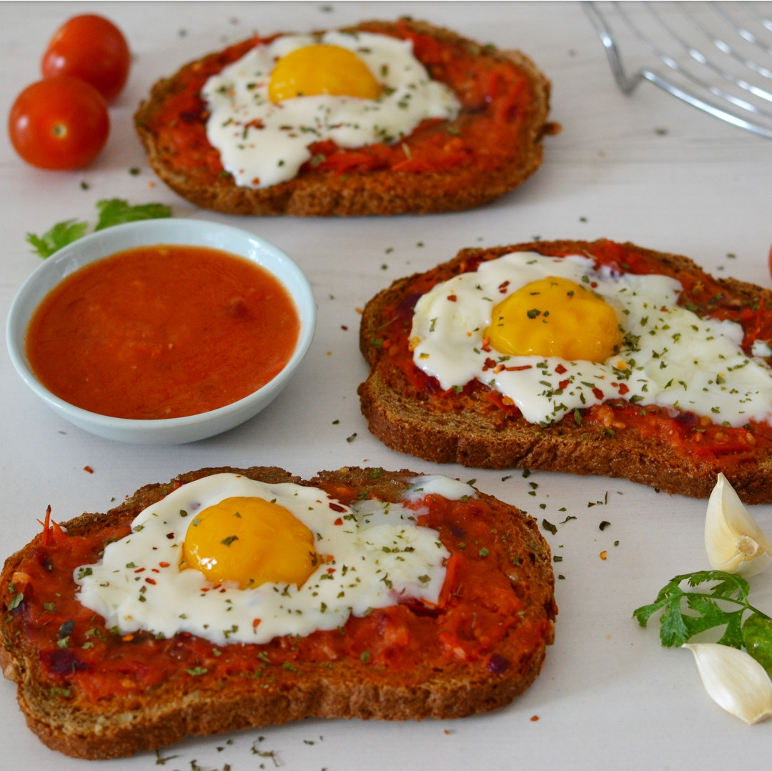 Spicy Tomato Sauce  Toast with spicy tomato sauce and eggs Anne Travel Foo