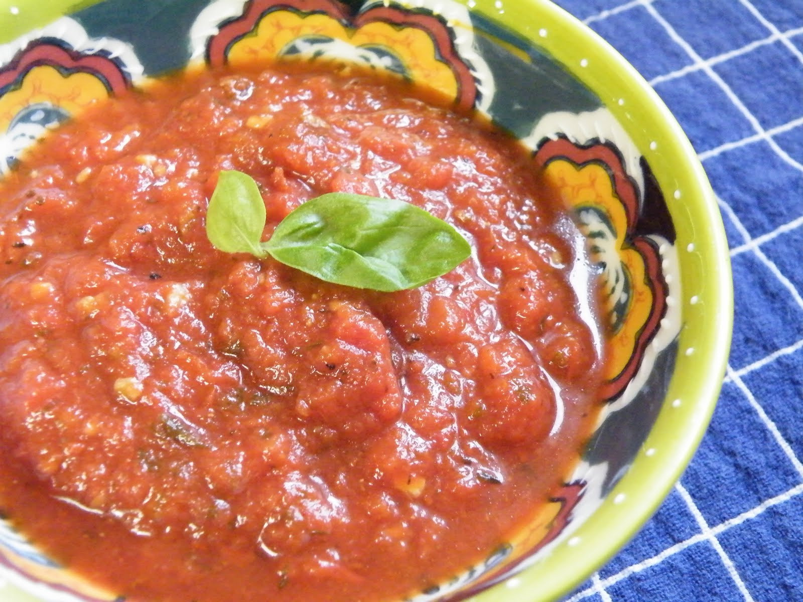 Spicy Tomato Sauce  Vittles and Bits Spicy Tomato Sauce
