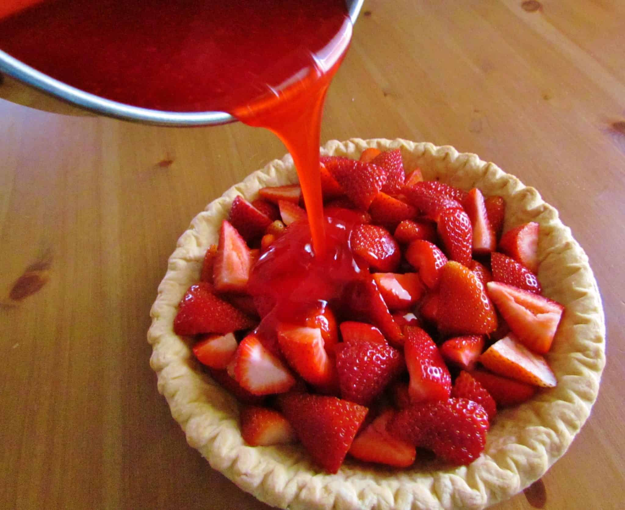 Strawberry Pie Recipes  strawberry pie with 7up and jello