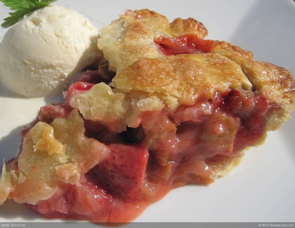 Strawberry Rhubarb Pie Recipes  Strawberry Rhubarb Pie Recipe