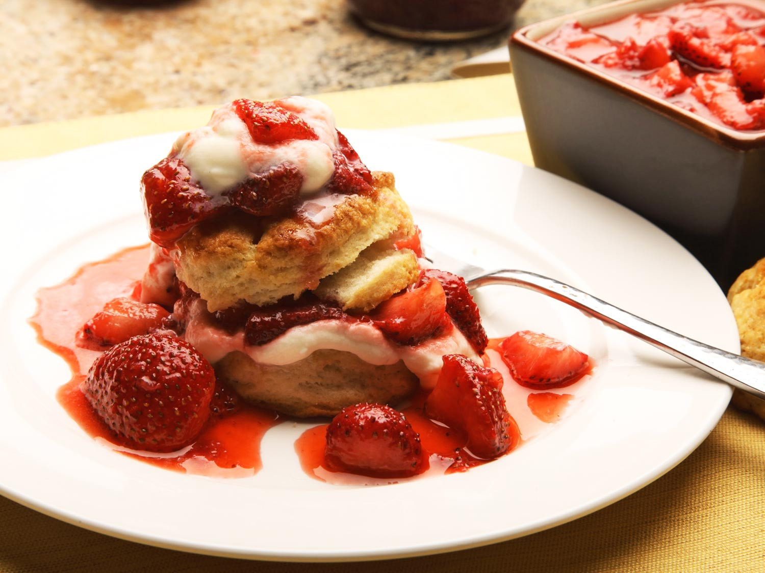 Strawberry Shortcake Biscuits Recipes  5 Ingre nts and 10 Minutes = Awesome Strawberry