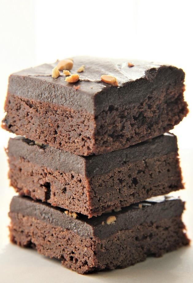 Texas Sheet Cake Brownies  Best Ever Texas Sheet Cake Brownies 4u1s