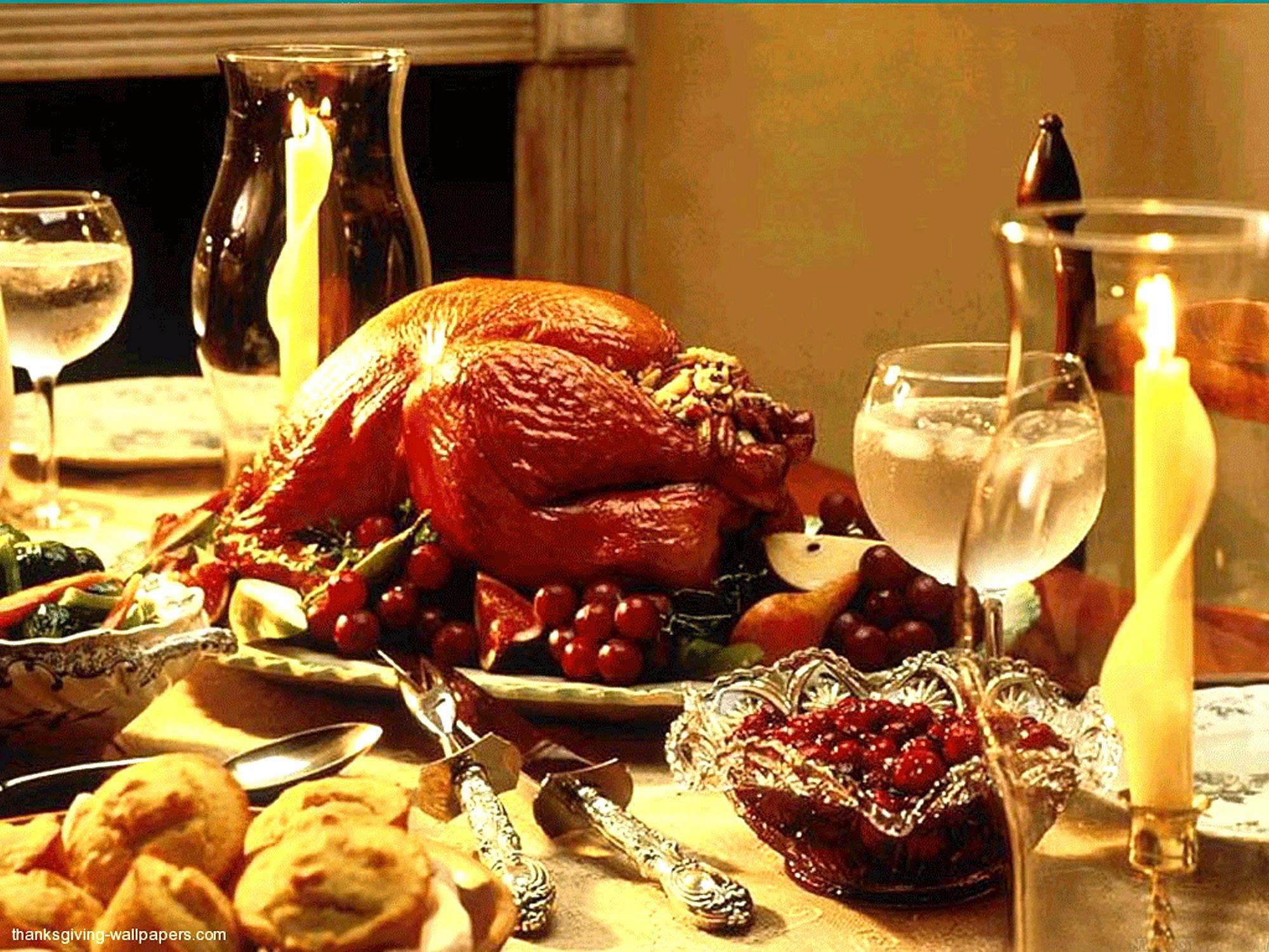 Thanksgiving Dinner Table  Thanksgiving Day House Preparation