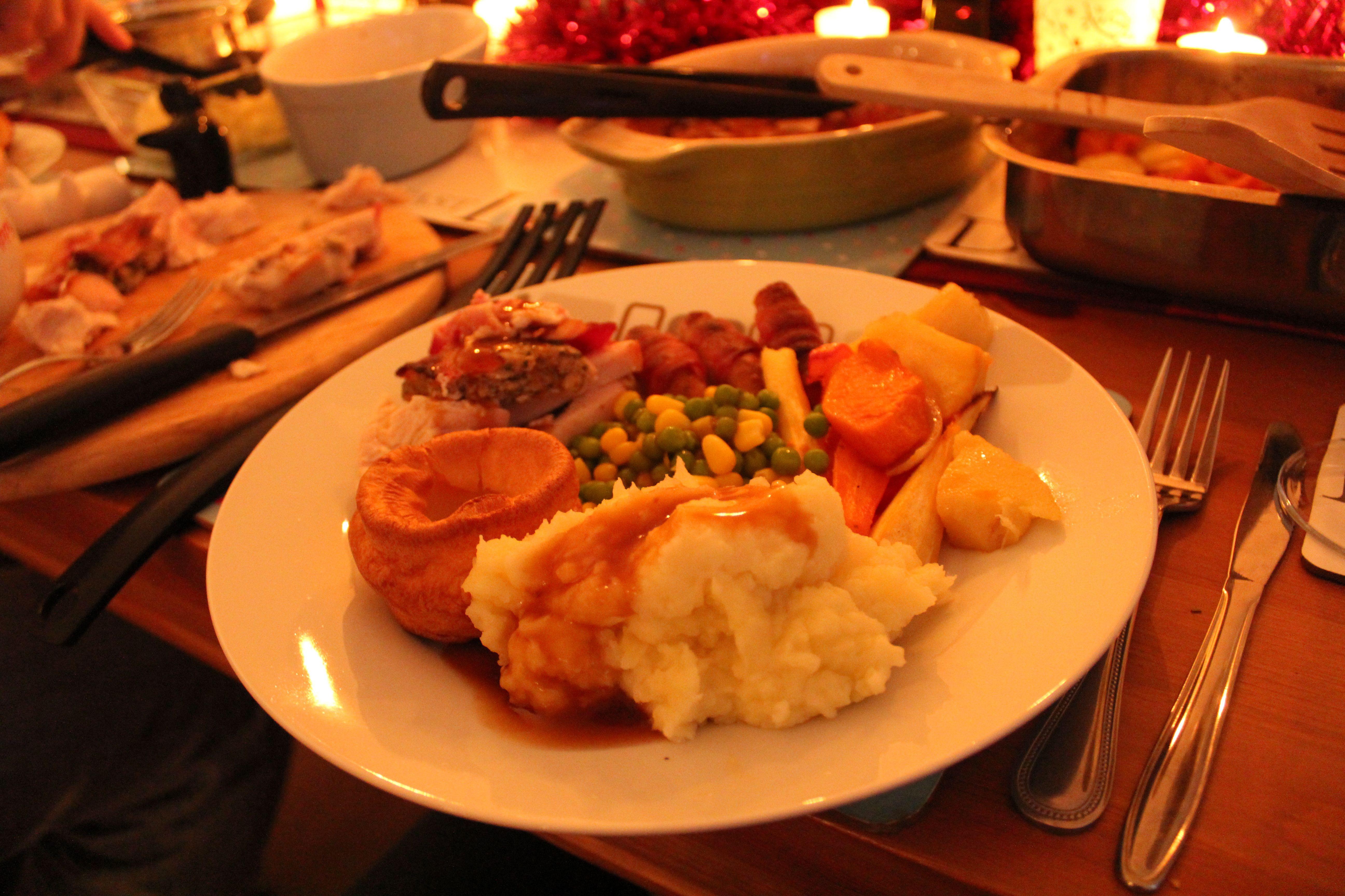 Traditional Christmas Dinner  English Traditional Christmas Dinner