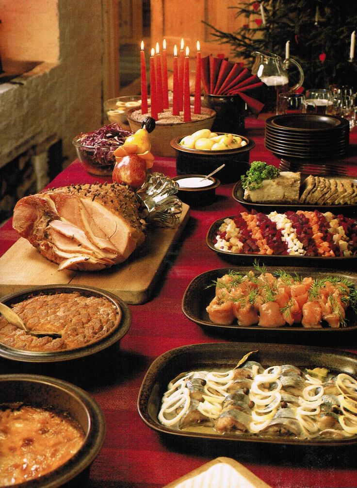 Traditional Christmas Dinner  17 Best images about Holiday Fun on Pinterest