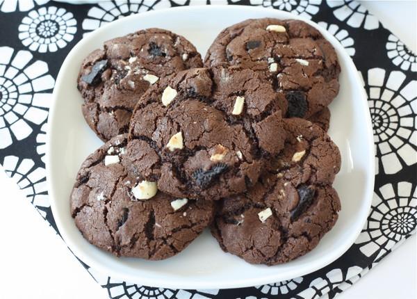 Triple Chocolate Cookies  Triple Chocolate Oreo Chunk Cookie Recipe