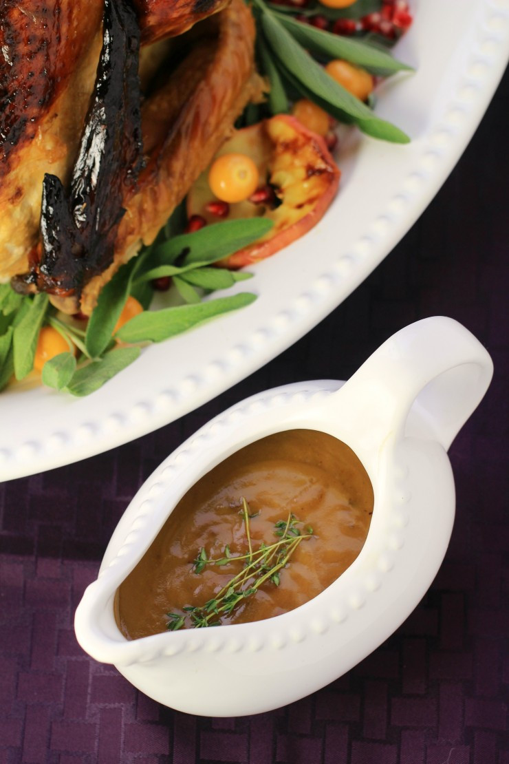 Turkey Gravy From Scratch  How to Make Perfect Turkey Gravy from Scratch Life Love Liz