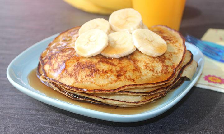 Two Ingredient Pancakes  2 ingre nt pancake recipe Kidspot