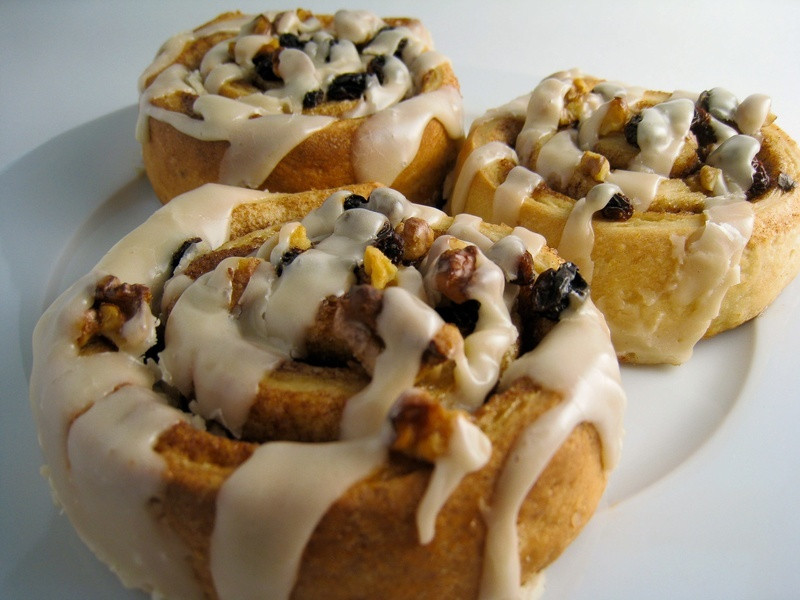 Vegan Baking Recipes  Sticky Vegan Cinnamon Rolls Veganbaking Recipes