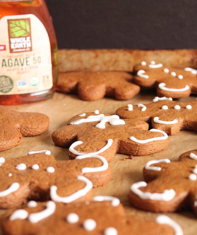 Vegan Gingerbread Cookies  Vegan Gingerbread Cookies