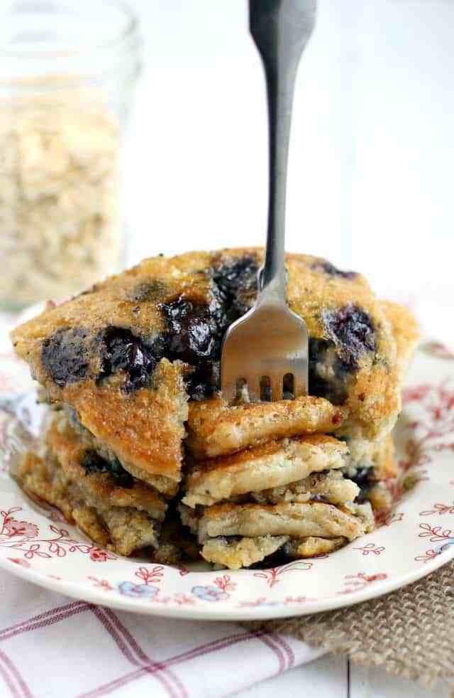 Vegan Oatmeal Pancakes  Vegan Blueberry Oatmeal Pancakes The Pretty Bee