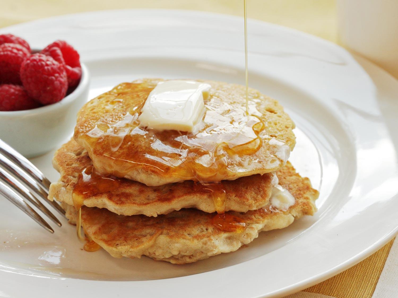Vegan Oatmeal Pancakes  How to Make Light and Fluffy Vegan Oatmeal Pancakes With