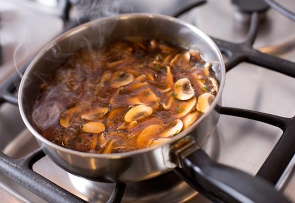 Vegetarian Mushroom Gravy  Nutritarian Diet Six Basic Guidelines for the Nutritarian
