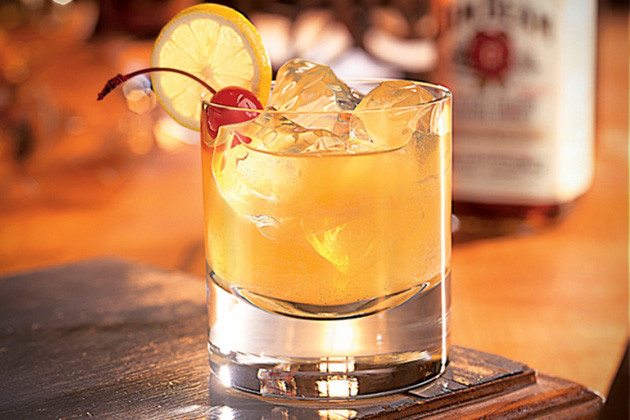 Warm Whiskey Drinks  Essential Cocktail Recipes 30 Best Whiskey Drinks