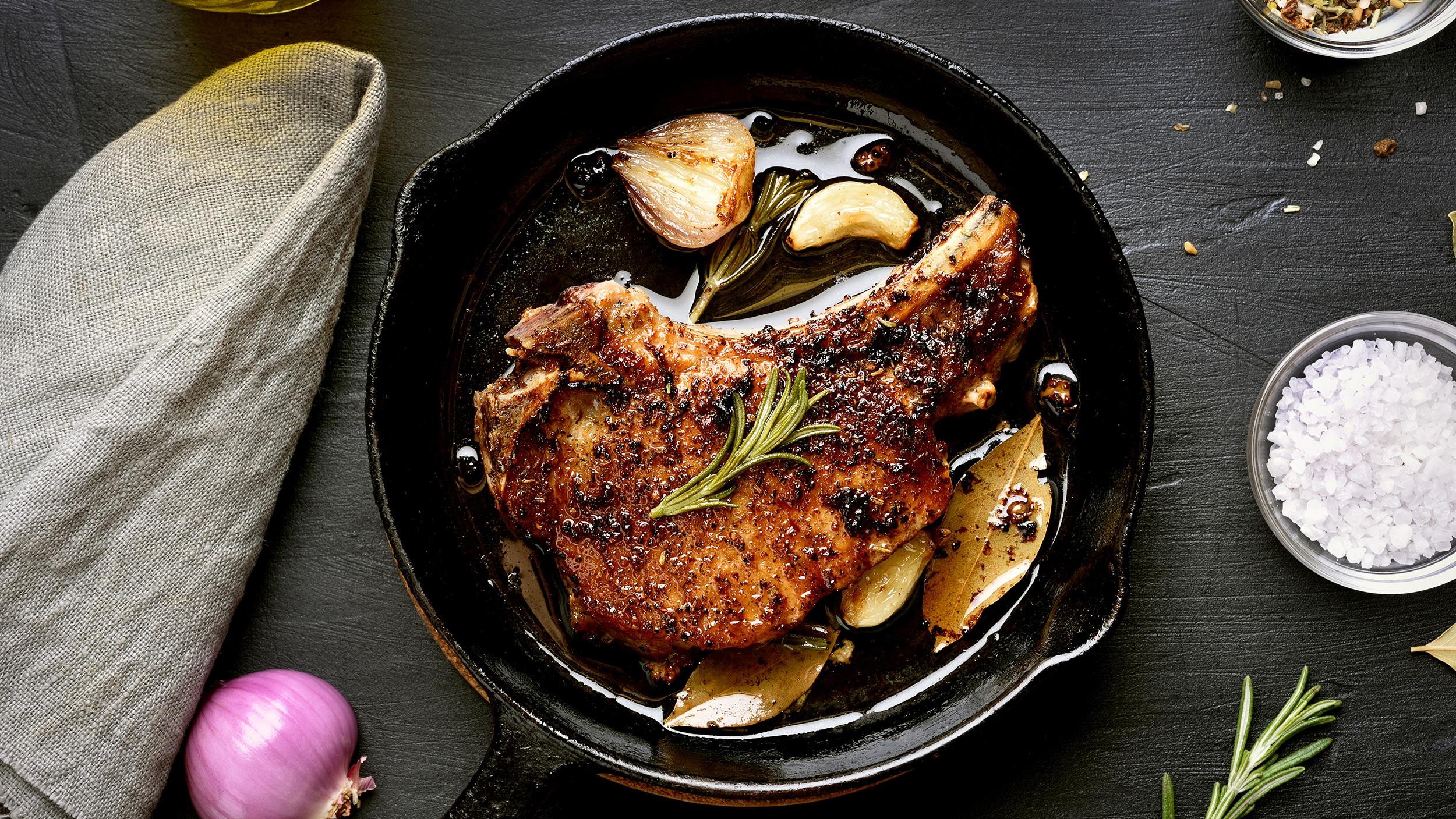 Ways To Cook Pork Chops  How cook pork chops The best way to make juicy pork chops
