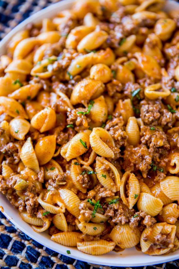 What Meat Goes With Mac And Cheese For Dinner  Cheesy Taco Pasta Dinner then Dessert