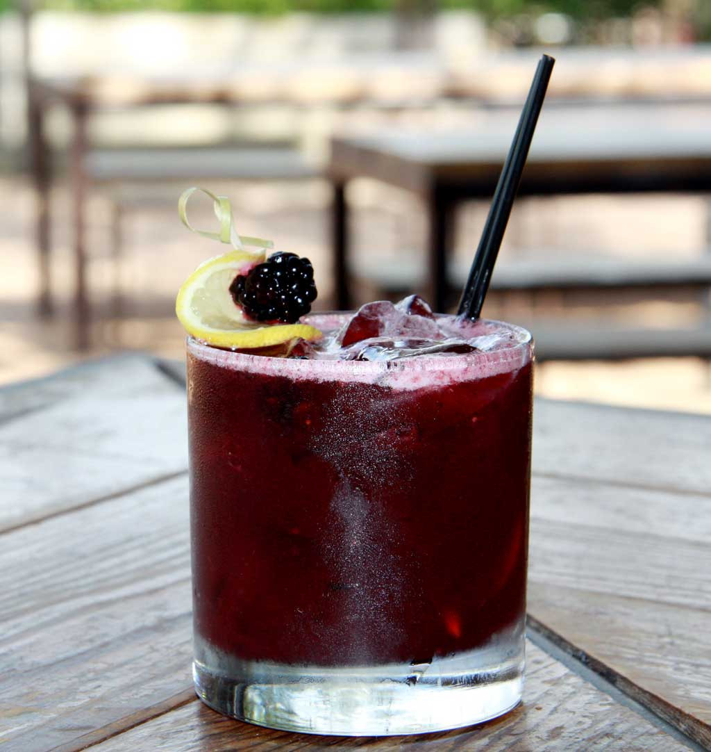 Whiskey Mixed Drinks  Top 10 Cocktail Recipes RecipePorn