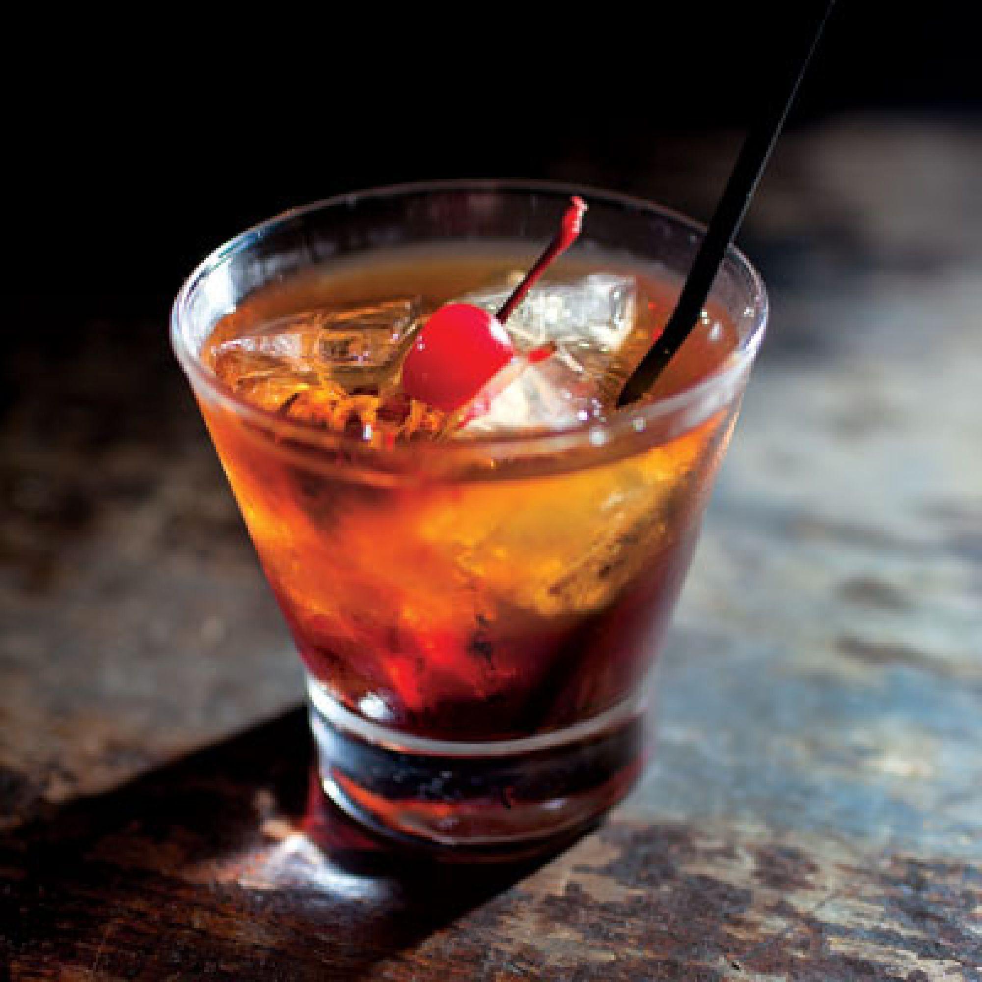 Whiskey Mixed Drinks  Manhattan Pinterest