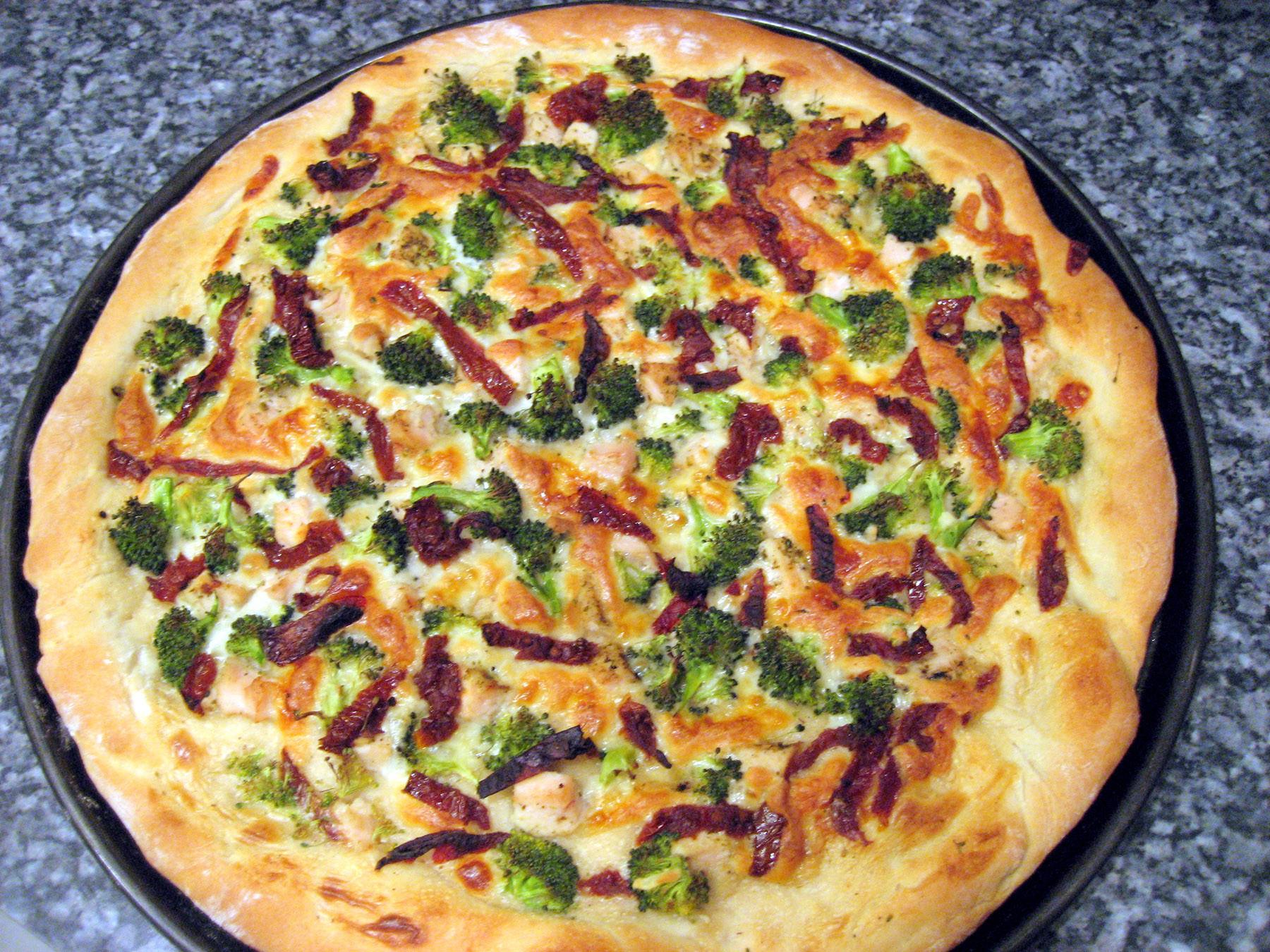 White Pizza Sauce  Let's Get Saucy Garlic White Pizza Sauce
