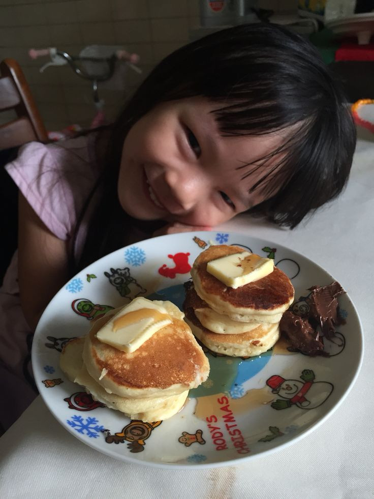 Who Invented Pancakes  She made her first pancake Family time